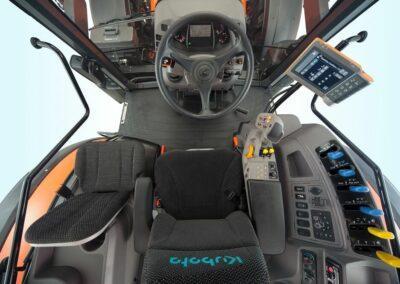 Kubota M6002 cabine topvieuw