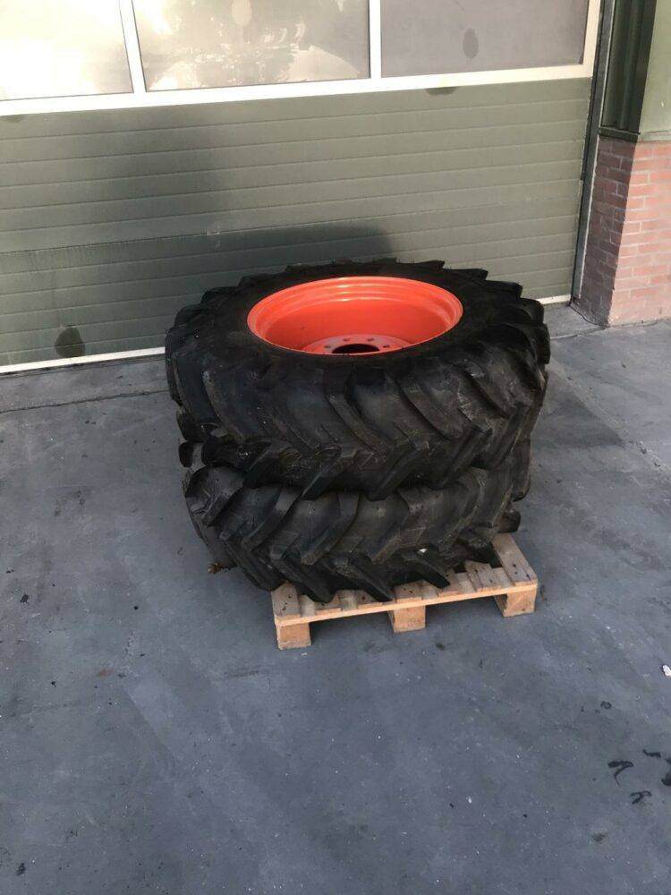 Michelin Agribib 13.6R24 set voorwielen Kubota Van Dam mechanisatie