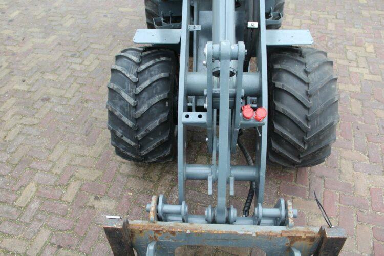 Giant V452T HD Xtra Te Koop Van Dam Mechanisatie BV Alkmaar